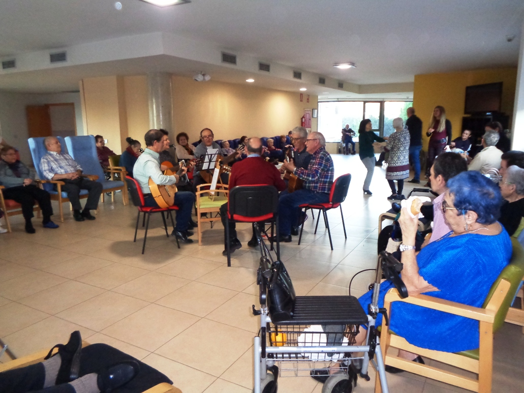 Actuacion Musical del Grupo Las Balsas