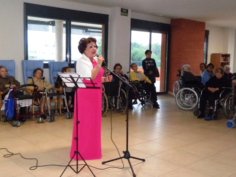 Actuación de Dori García