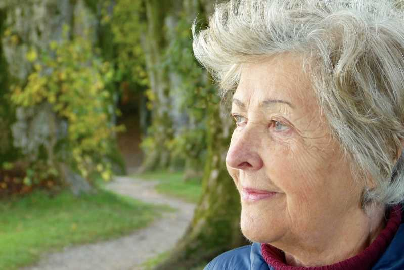 Los 10 primeros síntomas de alzhéimer que debes revisar