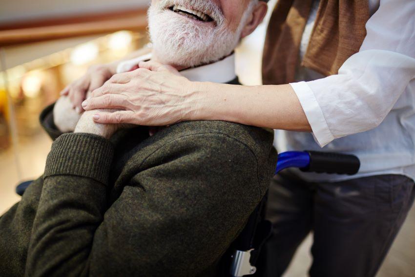 Qué es el síndrome del cuidador y cómo prevenirlo